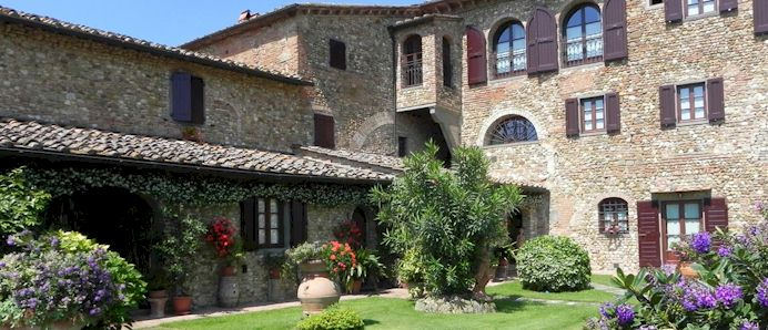 Tuscany vacation accommodation Villa Le Torri